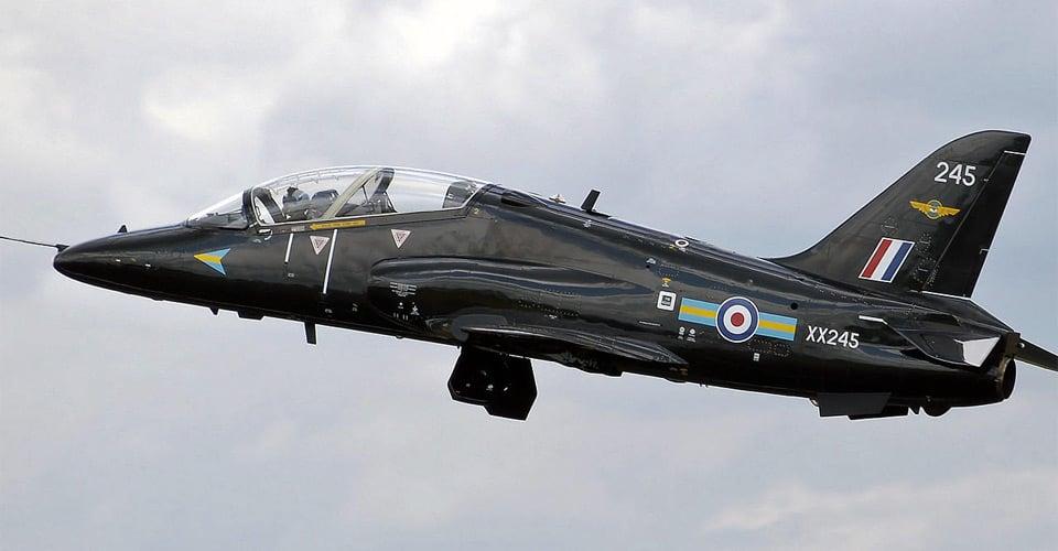 BAE Systems Hawk. Hawk er et britisk produceret militært trænings- og kampfly, der er i operationel tjeneste over hele verden. Se mere på flyvere.dk