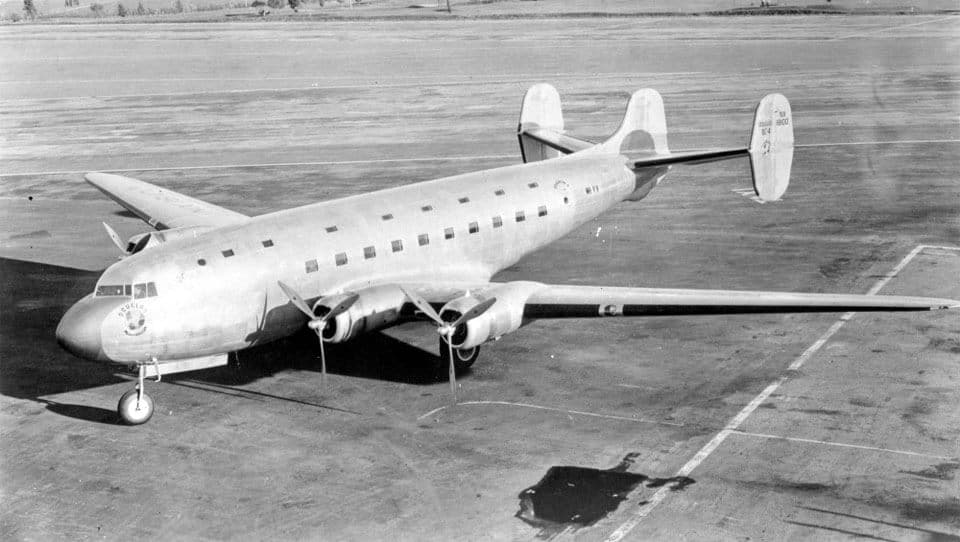 Douglas DC-4E - flyvere.dk