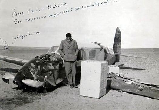 Antoine de Saint-Exupéry efter havari i den libyske ørken 1935 - flyvere.dk