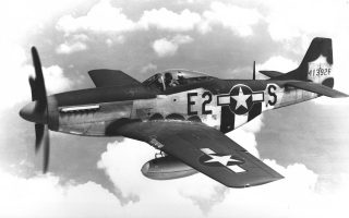 North_American_P-51D-5-NA_Mustang-375th_Fighter_Squadron-960-2
